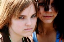 2-angry-girls